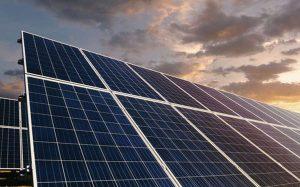 Pin năng lượng Mặt trời: Phát minh ra pin Mặt trời hoạt động cả khi trời mưa và không có nắng