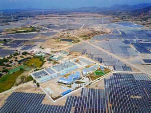 Nhà máy điện mặt trời 14.000 tỷ đồng. Lớn nhất Đông Nam Á