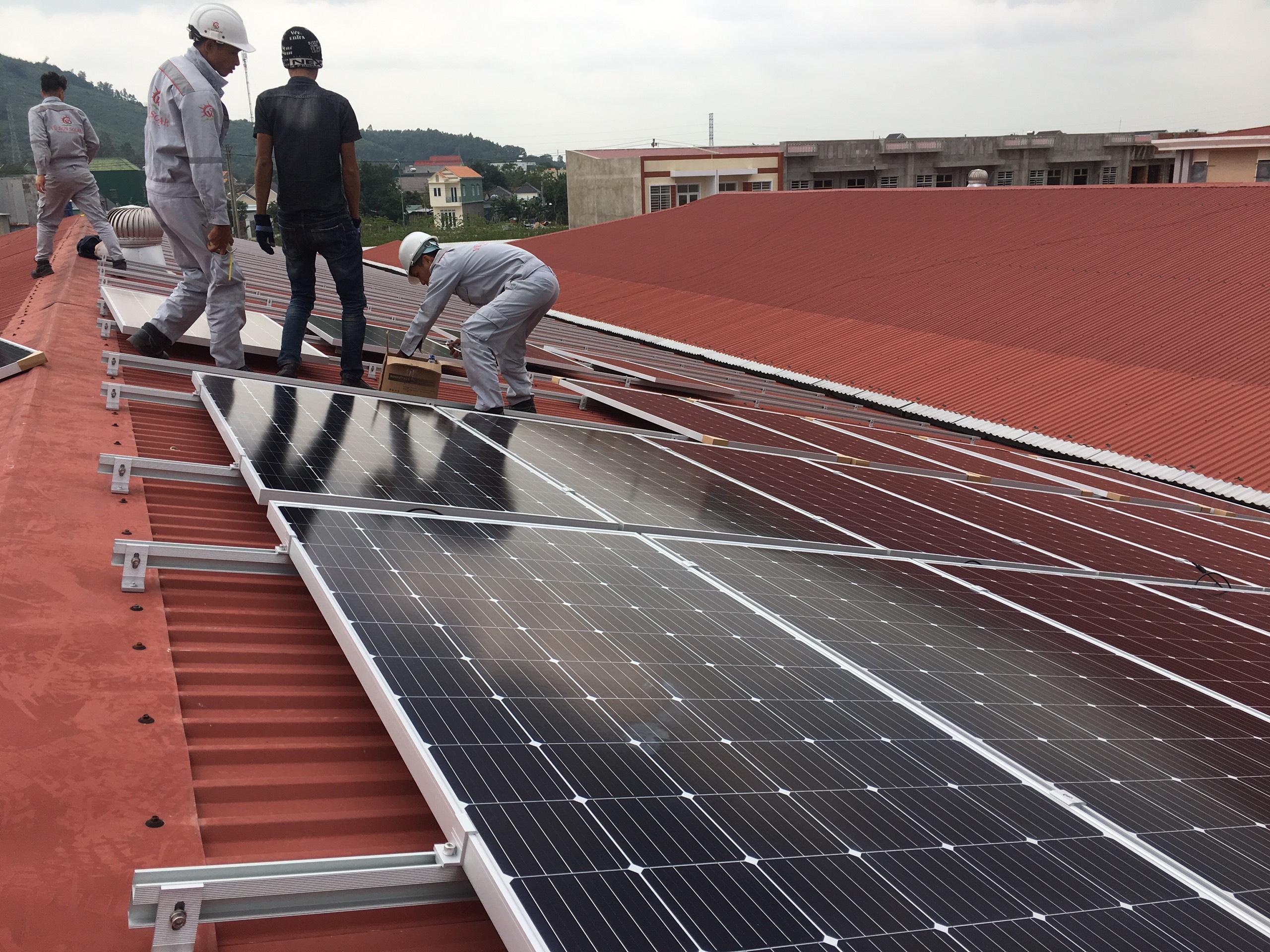 Tự lắp đặt điện năng lượng mặt trời