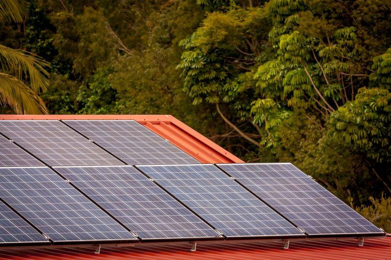 sử dụng điện năng lượng mặt trời