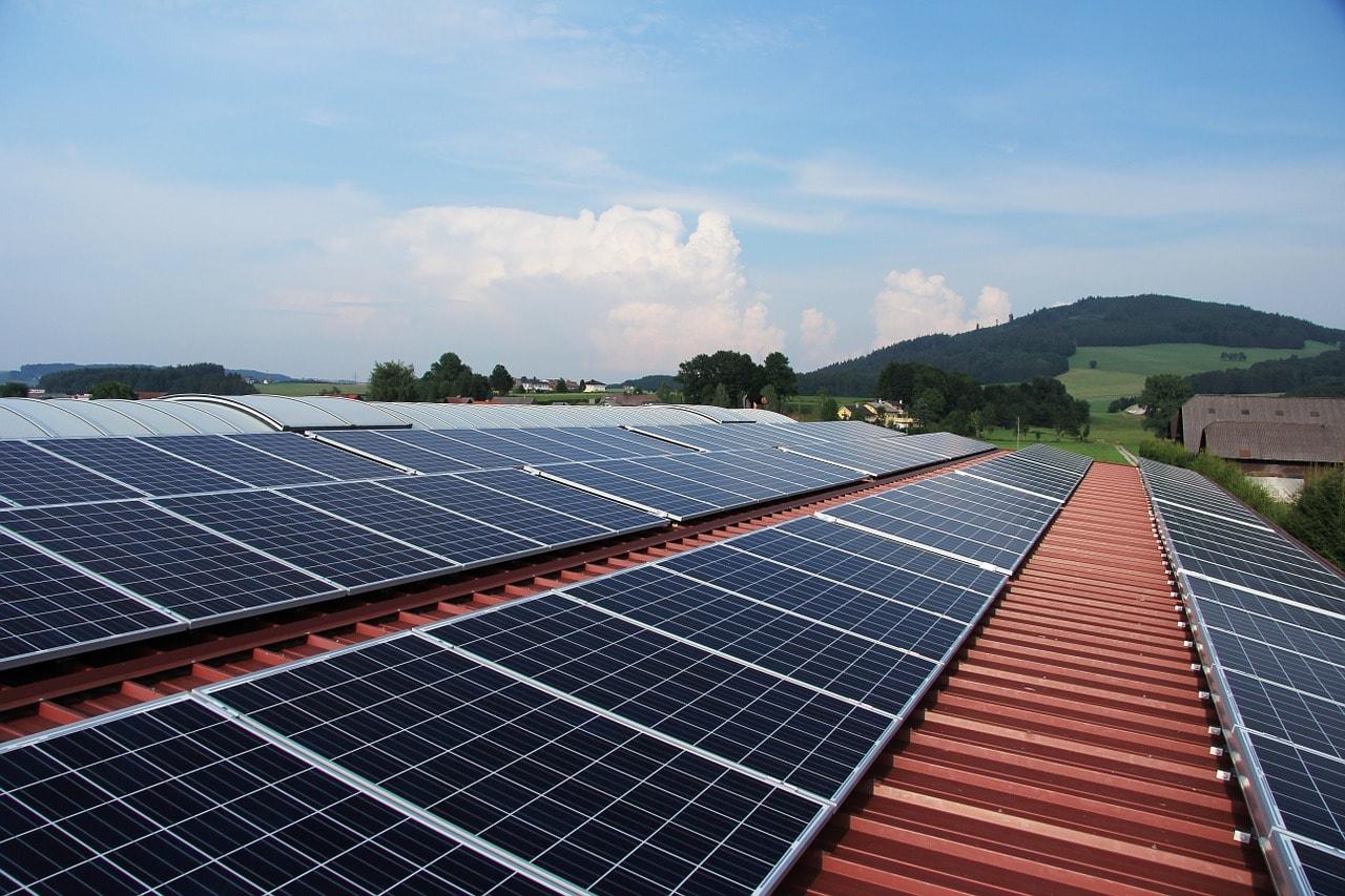 Hiệu quả và xu thế dùng điện tích điện mặt trời